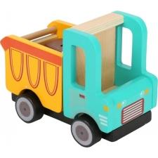 Puidust kallur-veoauto