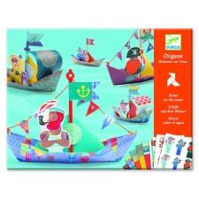 Origami laevad vees